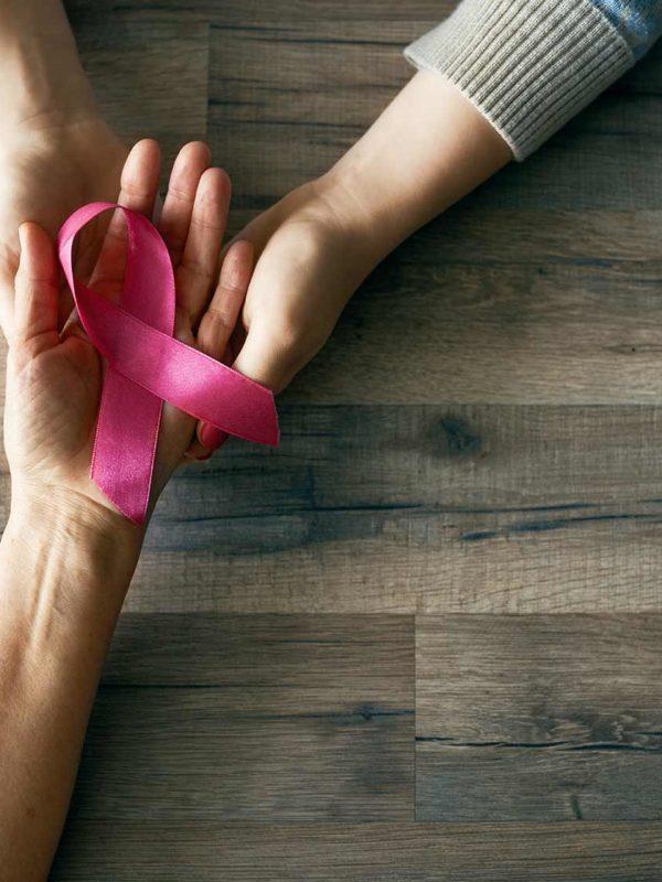 Brustkrebs was soll ich tun? Fragen zur Brustprothese und zum Klinikaufenthalt werden hier beantwortet. Nach der Brustamputation erhalten Sie eine Brustprothese.